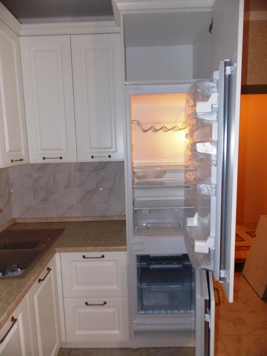 Белый кухонный гарнитур-Кухня МДФ в эмали «Модель 31»-фото5