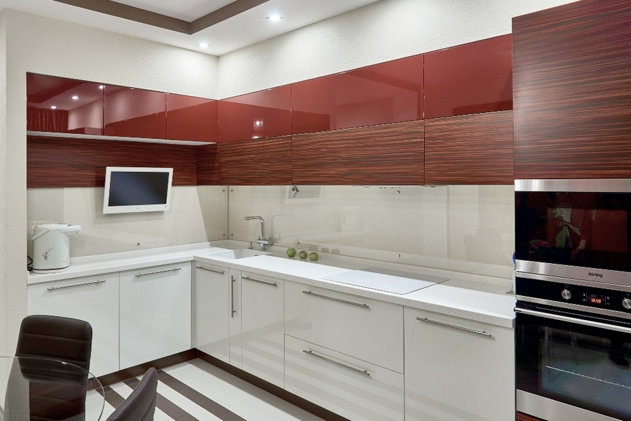 Купить красную кухню-Кухня МДФ в ПВХ «Модель 17»-фото1