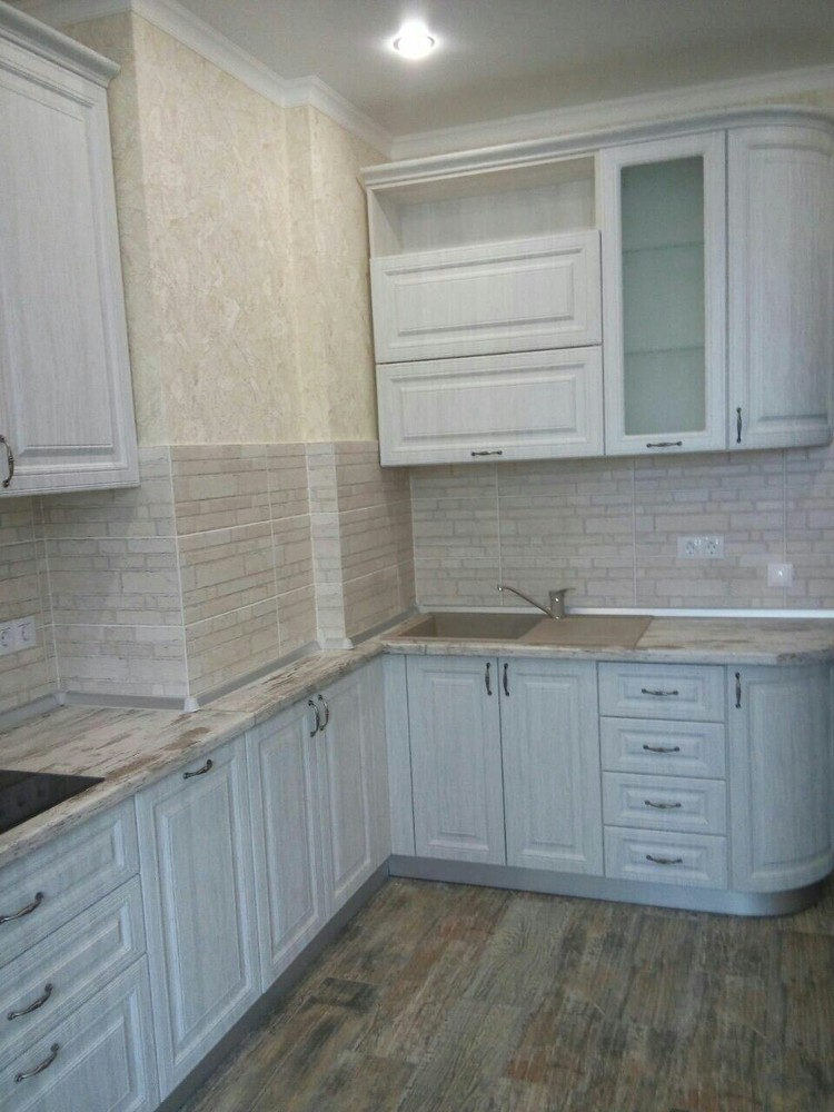 Белый кухонный гарнитур-Кухня МДФ в ПВХ «Модель 224»-фото2