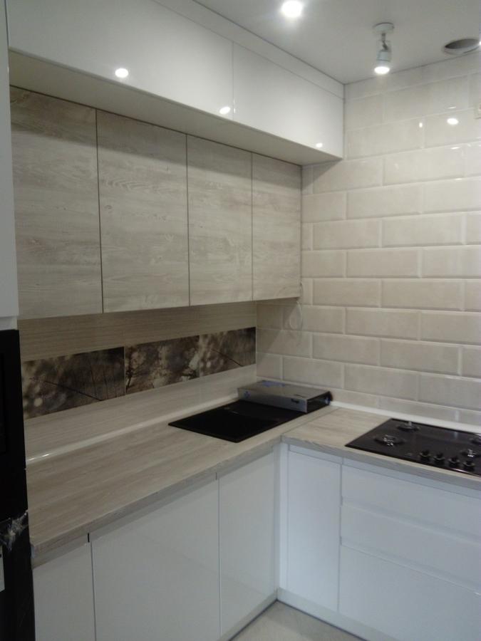 Белый кухонный гарнитур-Кухня МДФ в эмали «Модель 429»-фото3